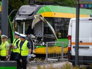 Zderzenie tramwajów w Poznaniu. Wielu rannych, na miejscu śmigłowiec LPR