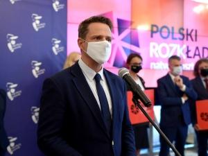"""Trzaskowski pogratulował Włodarczyk. Internauci odpowiadają: """"To Anita nie trenuje na Skrze?"""""""