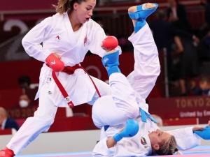 [FOTO 18+] Włoska zawodniczka karate cała we krwi. Kontuzja podczas walki z Turczynką