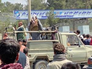 Media: Na lotnisku w Kabulu zginęło siedem osób