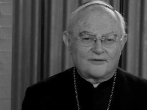 [transmisja online] Uroczystości pogrzebowe abp. Henryka Hosera SAC