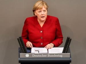 Merkel: Ewakuacja z Afganistanu potrwa tak długo, jak będzie to możliwe