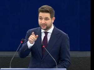 Ostre wystąpienie europosła Patryka Jakiego! Tego komisarz UE się niespodziewał [WIDEO]