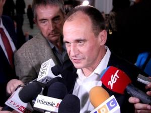 """Kukiz: Onet twierdzi, że """"Kukiz został kupiony stanowiskami"""" ale nie został kupiony, bo nie chciał się sprzedać, więc jest frajerem"""