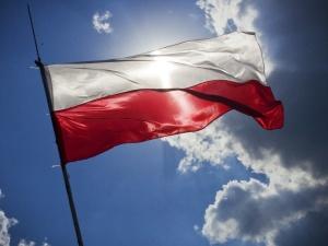 1 września. Wrocław. O polskich flagach: Szmaty powiewają. Jesteśmy na terytorium okupowanym przez RP. Jest zawiadomienie