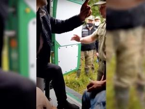 """""""Czy Białoruś wykorzystała polskie mundury Straży Granicznej do prowokacji?"""". Szokujące nagranie [WIDEO]"""