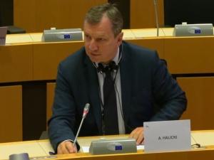 Z. Kuźmiuk: Po urlopowej przerwie rozpoczęły się prace w PE i już europosłowie z PO atakują Polskę