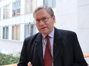 Francuski europoseł: Polska jest bardziej wiarygodna w chronieniu nas niż Macron