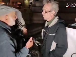 [VIDEO] Starszy Pan skwitował w krótkich żołnierskich słowach wulgarną pikietę na Rynku w Krakowie