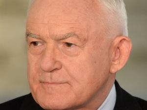 Gdyby nie kryptokomuniści.... Były senator miażdży retorykę Millera o niesłusznym przyjęciu Polski do UE