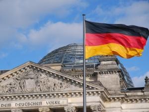 Niemieckie MSZ: Rosja odpowiedzialna za ataki na Bundestag
