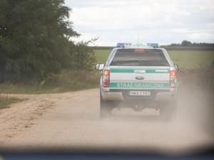 SG zatrzymała 6 osób, które pomagały w nielegalnym przekroczeniu granicy. Grozi im do 8 lat więzienia