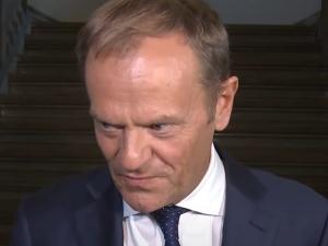 Byłem na sali plenarnej, kiedy Tusk poparł sankcje przeciwko Polsce. Powiedziałem sobie w myślach - Co za szmata