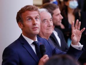 Francja: Ruszył proces byłego doradcy prezydenta Macrona oskarżonego o przemoc wobec protestujących