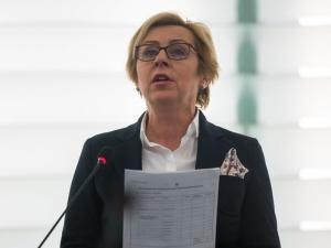 [VIDEO] PE. Jadwiga Wiśniewska do Jourovej: Nie ma w Polsce stref wolnych od LGBT. Pani wie, że to jest kłamstwo