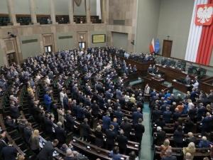 Sejm wznowił obrady. Będzie rozpatrywany wniosek o wotum nieufności wobec jednego z ministrów