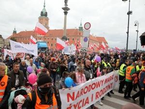 [Nasz Patronat] Ulicami Warszawy przeszedł XVI Narodowy Marsz Życia i Rodziny