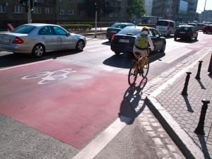 Analiza Ordo Iuris: Projekt nowelizacji prawa drogowego wymaga korekty