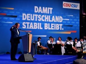 Niemcy: W niedzielęwybory do Bundestagu. Chadecja goni SPD