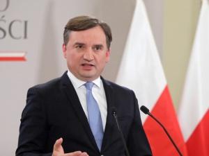 """""""To hipokryzja i fałsz Tuska, bo prawda została pokazana"""". Ziobro nie przebierał w słowach"""