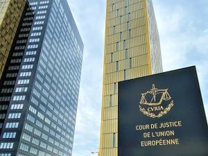 Zwrócenie się przez Czechy do TSUE to tragedia. Bruksela się cieszy - pisze b. doradca…