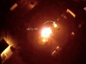 [VIDEO] Dron zrzucił dwie bomby zapalające na budynek białoruskiego OMONu?