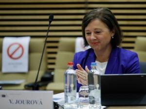 Pilne! Jourova nie pozostawia złudzeń i zapowiada uruchomienie mechanizmu warunkującego wobec Polski. Są daty
