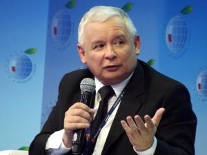 [SONDAŻ] Czy PiS może doprowadzić do wyjścia Polski z UE? Wyborcy Kaczyńskiego dali jasną odpowiedź