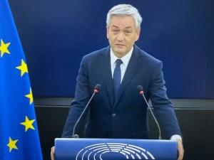 [video] Polski rząd stał się pożytecznym idiotą Łukaszenki. Tak Biedroń przedstawia sprawę Polski przed PE