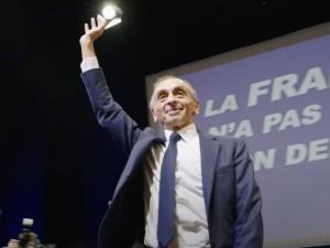 """""""Kandydat na prezydenta Francji widzi w decyzji TK ozdrowieńczy standard dla Europy"""". Eric Zemmour publikuje list"""