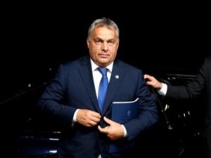 Orban: Z zadowoleniem przyjmujemy decyzję polskiego TK