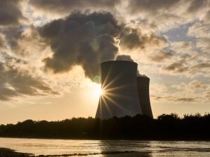 """""""My, Europejczycy potrzebujemy energii jądrowej!"""". Polscy i europejscy ministrowie opublikowali apel"""