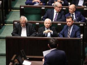 [NAJNOWSZY SONDAŻ] Kaczyński ma powody do zadowolenia. Rekordowo wysokie poparcie dla PiS