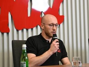 """[NASZA DEBATA] M. Szymański: """"Istnieje paradygmat, że polski pracownik ma być tani"""""""