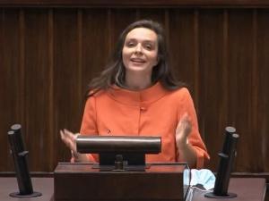 [video] Nie rzucim Unii skąd nasz ród (...) Tak nam dopomóż Tusk. Jachira parodiuje Rotę z mównicy sejmowej