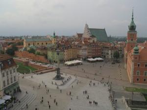 La manifestation délirante pro UE à Varsovie