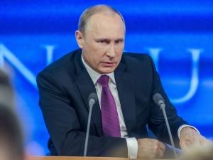 Rosja zawiesi działalność swej misji przy NATO i biura Sojuszu w Moskwie