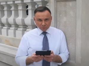 Niektóre tweety źle się starzeją. Prezydent Duda reaguje na zaczepki opozycji ws. cen benzyny