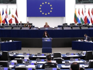 """""""Rezolucja PE to niebezpieczny precedens"""". Ostre słowa byłego senatora PO"""