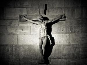 Ordo Iuris: Krzyże pozostaną w szkole – skuteczna interwencja Ordo Iuris
