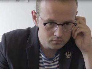 [video] Tomasz Samołyk porównuje Fakty i Wiadomości