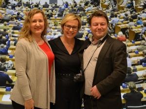 """Europoseł Jadwiga Wiśniewska - wyjazd do Parlamentu Europejskiego w Brukseli z członkami """"Solidarności"""""""