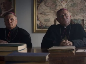 """[zwiastun] """"Dwie Korony"""". W Watykanie premiera filmu o życiu o. Maksymiliana Kolbe"""