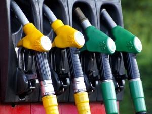 Ceny benzyny i oleju napędowego poszły w górę. Będzie jeszcze drożej?