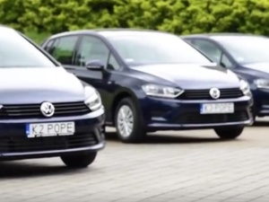 Za papieskie samochody z ŚDM uzyskano niemal 253 tys. zł! Pieniądze zasiliły akcję Caritasu