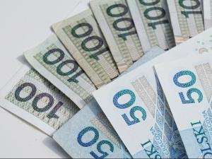 Resort pracy: Najniższe świadczenie z ZUS, czy z KRUS nie będzie niższe niż 1000 zł.