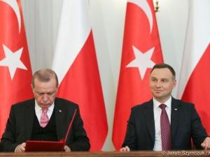 [Komentarze] Wizyta prezydenta Turcji. Z jednej strony histeria, z drugiej ostrożny optymizm