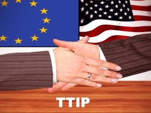 15 października w Warszawie przejdzie demonstracja przeciwko TTIP i CETA