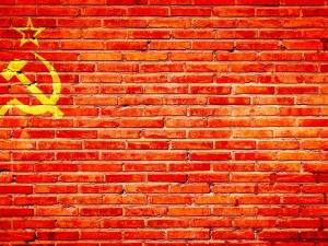Jerzy Bukowski: Błędna ocena ludobójczych totalitaryzmów