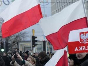 """""""Masowa skala fake newsów po Święcie Niepodległości zagraża dobremu imieniu Polski. Trzeba działać"""""""